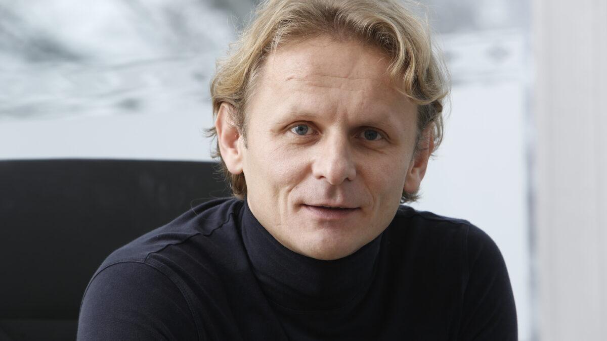 Ivan Đikić - Nismo same