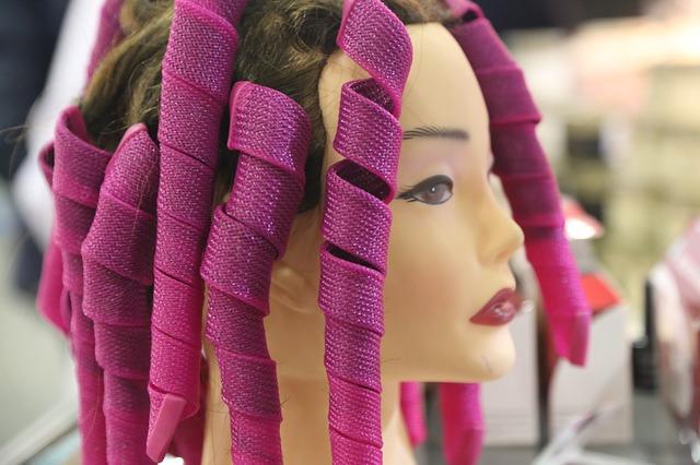 Budi hrabra i u trendu – oboji kosu u lila!
