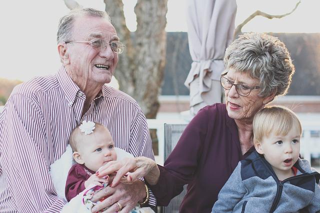 'Usađuju' li djedovi i bake unucima rizik od nastanka raka?